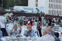 Surp Pırgiç Ermeni Vakfı Hastanesinden Binlerce Vatandaşa İftar