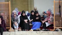 LATIN AMERIKA - TDV'den Saraybosnalılara Hediye Kur'an-I Kerim
