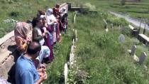 KURBAN BAYRAMı - 26 Yıl Önceki Katliamı Unutamıyorlar