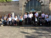 KAPALI ÇARŞI - Bağımsız Adaydan Cırcırlı Ve Engelli Arabalarıyla Seçim Kampanyası