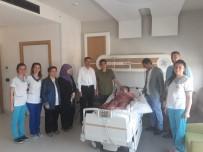 KÖK HÜCRE NAKLİ - Bakan Yardımcısı Çelik Ve Başkan Alemdar Sevde'yi Hastanede Ziyaret Etti