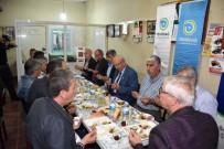 AHMET POYRAZ - Başkan Albayrak, Emiryakup Mahallesi'ndeki Sahur Programına Katıldı