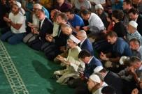 PAMUKKALE ÜNIVERSITESI - Başkan Erbaş, Kadir Gecesi Hutbesini Denizli'de Verdi