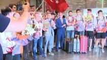 TÜRKIYE VOLEYBOL FEDERASYONU - Dünya Şampiyonu Okyanus Koleji, İstanbul'a Döndü