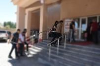 İNSAN TİCARETİ - Hakkari Ve Van'da Göçmen Kaçakçılığı Operasyonu