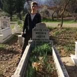 CANLI PERFORMANS - Maç Sonrası Kaza Yapan Motosikletli Genç 2 Günlük Yaşam Savaşını Kaybetti