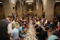 TANER YILDIZ - Melikgazi Belediyesi Kayserilileri Sahurda Buluşturdu