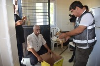 ZABITA MÜDÜRÜ - Ölmek Üzere Bulunan Yavru Tilkiye Belediye Sahip Çıktı