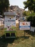 Sokak Hayvanları İçin Uyarı Levhası