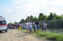SULAMA KANALI - Sulama Kanalına Düşen 4,5 Yaşındaki Çocuk Suda Kayboldu