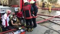 Zeytinburnu'ndaki İş Merkezi Yangını İstanbul'un Bir Çok Yerinden Görülüyor