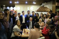 TRANS ANADOLU - Cumhurbaşkanı Erdoğan'dan 'Kıraathane' Ziyareti