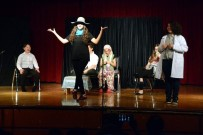 TÜPRAŞ - Genç Yetenekler 'Çok Yaşa Tiyatro' Dedi
