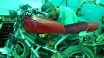 AHISKA - Hurdadan Akrobasi Motosikleti Üretti