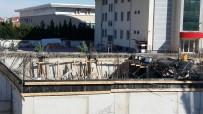 UĞUR ARSLAN - Öğretmenevi İnşaatında Beton Kalıplar Çöktü