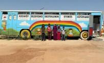 Otobüsü Hurdaya Çıkarmak Yerine Kütüphane Çevirip Çocukların Hizmetine Sundular