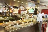 KURUYEMİŞ - Ramazan'da Doların Etkilemediği Tek İthal Meyve Hurma