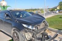 VEZIRHAN - Yolcu Midibüsü Devrildi Açıklaması 3 Yaralı