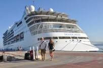 MERYEM ANA - 560 Amerikalı Turist Gemiyle Kuşadası'nda
