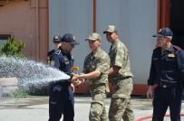 İTFAİYECİLER - Askerlere Yangın Eğitimi Verildi