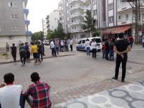 SİLAHLI KAVGA - İki Aile Arasında Silahlı Kavga Açıklaması 2 Ölü, 3 Yaralı
