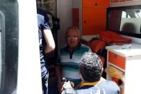 Kaza Yapan Sürücü Hastaneye Gitmek Yerine Devrilen Aracının Başında Bekledi