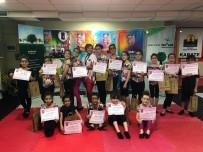 Minik Jimnastik Öğrencilerine Sertifika