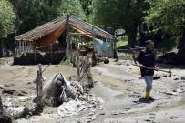 SAMANLıK - Muş'taki Sel Faciasının Ardından Çalışmalar Sürüyor