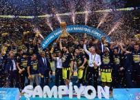 TÜRKIYE BASKETBOL FEDERASYONU - Şampiyon Fenerbahçe Doğuş Kupasını Aldı