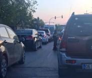 KIRMIZI IŞIK - Trafik Işıklarındaki Dilenciler Tehlike Saçıyor