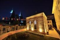 MURAT SEFA DEMİRYÜREK - Valide-İ Atik Darülkurrası Açıldı