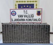 KAÇAK MAZOT - Van'da 4 Bin 990 Paket Kaçak Sigara Ele Geçirildi