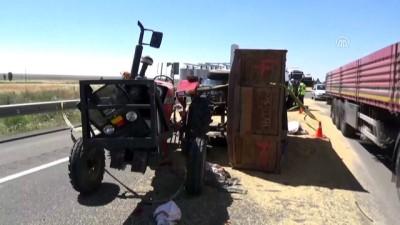 Aksaray'da Traktör Tıra Çarptı Açıklaması 1 Ölü, 1 Yaralı