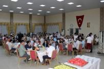 İSMAİL KARAKULLUKÇU - Arifiye Belediyesi Personeli İftarda Buluştu