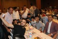 BİRİNCİ SINIF - Bakan Çelik, İftar Sofrasında Gençlerle Buluştu