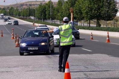 Bayram Tatili Başladı, Trafik Kontrolleri Arttı