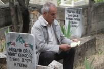 AREFE GÜNÜ - Elazığ'da Arefe Günü Mezarlıklar Ziyaretçilerle Doldu