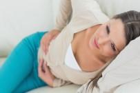 KARIN AĞRISI - Huzursuz Bağırsak Sendromu Her 5 Kişiden Birinde