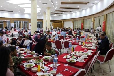 Koruyucu Aileler İftar Yemeğinde Buluştu
