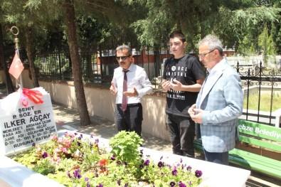 Köşker Ve Güler'den Şehitlik Ziyareti