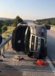 MÜNEVVER - Kütahya'da Otomobil Devrildi Açıklaması 2 Ölü, 4 Yaralı