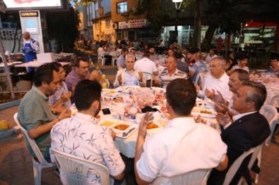 Nilüfer'in Mahalle İftarlarında 25 Bin Kişi Ağırlandı