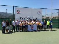 TÜRKIYE SPOR YAZARLARı DERNEĞI - Osmangazili Raketten Gümüş Madalya