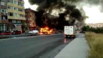 GAZİ MAHALLESİ - Özel Halk Otobüsü Alev Alev Yandı