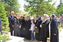 EMNİYET TEŞKİLATI - Ramazan Arifesinde Protokolden Şehitlik Ziyareti