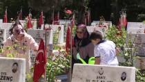 BAŞPıNAR - Şehitliklere Bayram Ziyareti