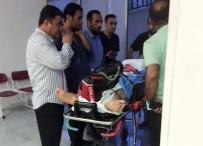 MUSTAFA YıLDıZ - Suruç'taki Kavgada Ağır Yaralanan Bir Kişi Uçak Ambulansla Ankara'ya Götürüldü