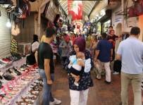 AHMET YıLMAZ - Tarihi Uzun Çarşı'da Bayram Hareketliliği