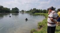 CEYHAN NEHRİ - Terliği Su Kenarında Bulunan Kayıp Kadın Ceyhan Nehri'nde Aranıyor