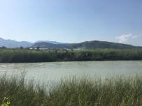 KUMLUOVA - 10 Yaşındaki Çocuk Girdiği Çayda Boğuldu